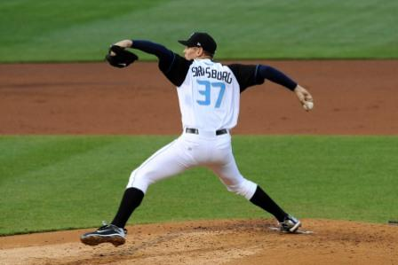 Stephen Strasburg 3 photo by Diamond Images 1.jpg