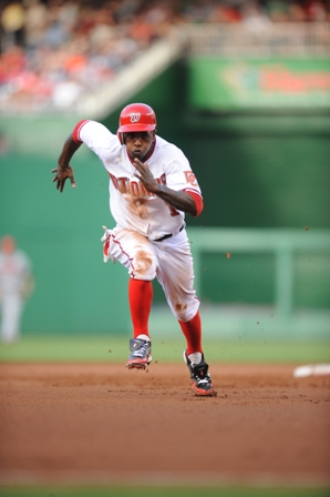 nyjer morgan stealing third.JPG