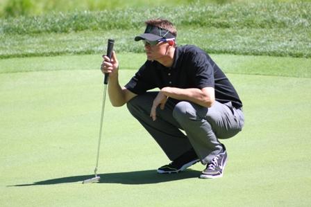 Tyler Clippard golfing 1.jpg