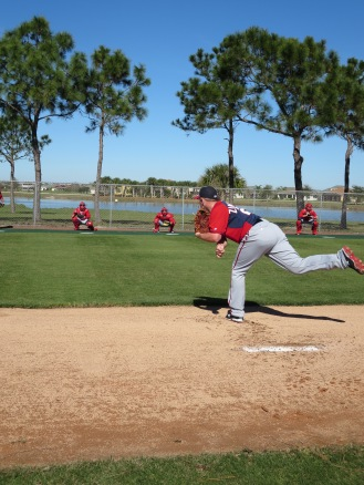 Jordan Zimmermann throws a pitch in his first official bullpen of the spring.