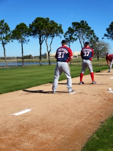 Sunday morning's first bullpen session featured two decent right-handers...